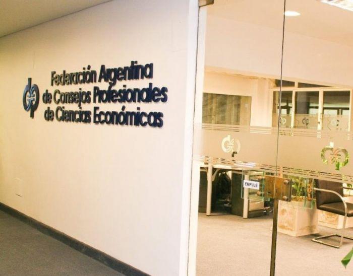 RG N° 5003: FACPCE solicita revisión de las modificaciones al Monotributo