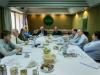 La Mesa Directiva del Consejo reunida en el interior